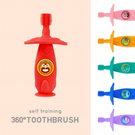 Marcus & Marcus Baby Self Training 360° Standing Toothbrush with Suction Pad