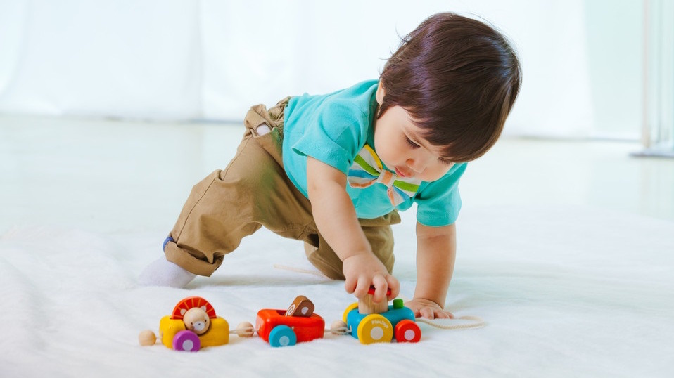baby and toddler push and pull toys for little hands