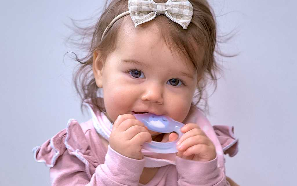 Marcus and Marcus Baby Teething Toothbrush动物乐园宝宝手握固齿牙刷