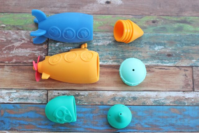 marcus and marcus silicone mold free bath toys