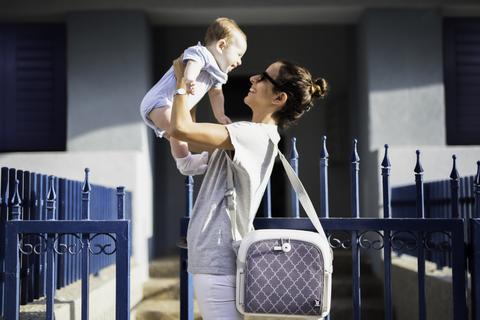 benbat yummigo feed and go baby multifunction booster seat 儿童餐椅与收纳箱